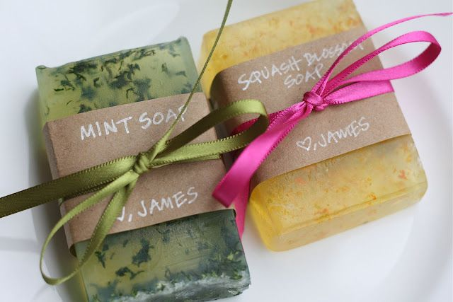 Diy hand-made soap, I need to start doing stuff like this for Christmas gifts!
