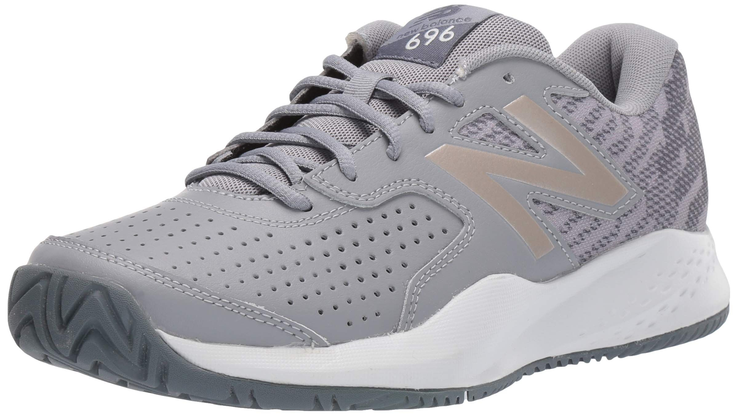 New Balance Women S 696v3 Hard Court Tennis Shoe Click Image For More Details This Is An Affiliate Link New Balance Women Tennis Shoes New Balance