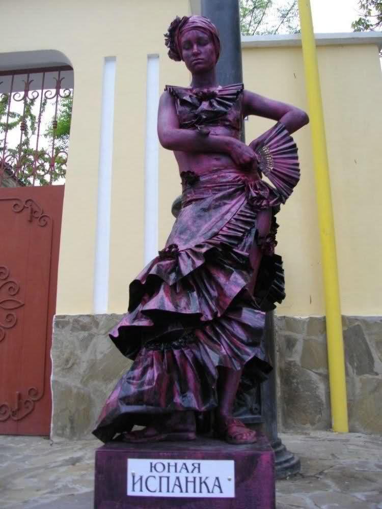 Pin de Kely Kely en ESTATUAS CALLEJERAS | Pinterest | Estatua y ...