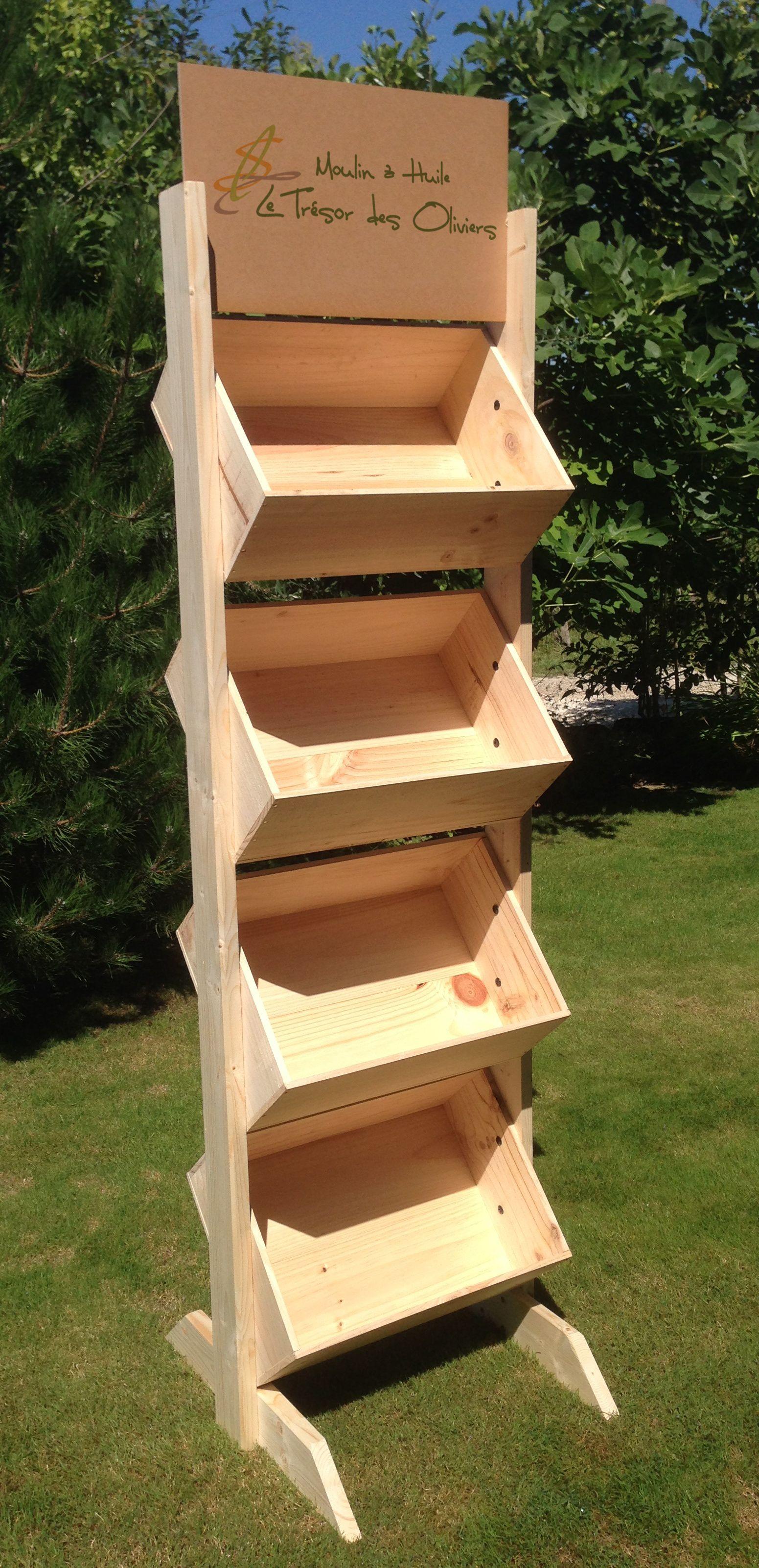 Présentoir bois avec impression couleur par www.mabouteille.fr | Deco caisse de vin, Rangement ...