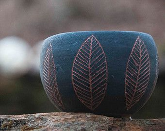 Terracotta + Black Leaf Design Sgraffito Table Planter / Small Handbuilt Planter with Hand-Carved Leafs / Succulent Planter / Small Pot