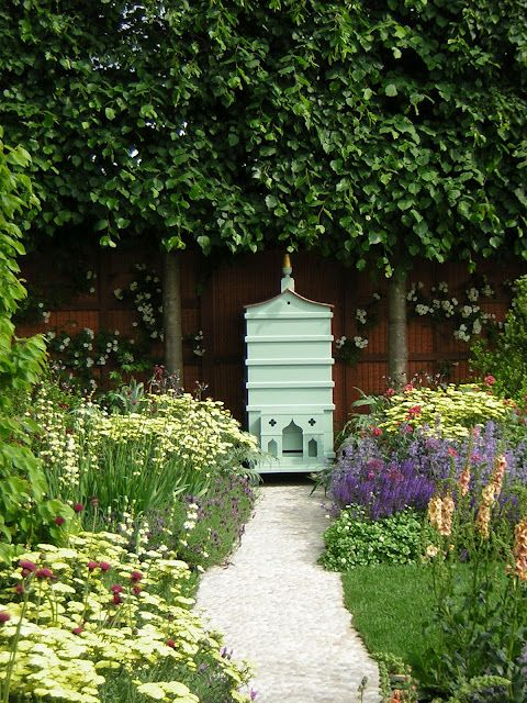 Fortnum and Mason Chelsea Garden Yes that is gold plated roofed bee hive  Image by Culinarialibris | Chelsea garden, Bee garden, Honey bee garden