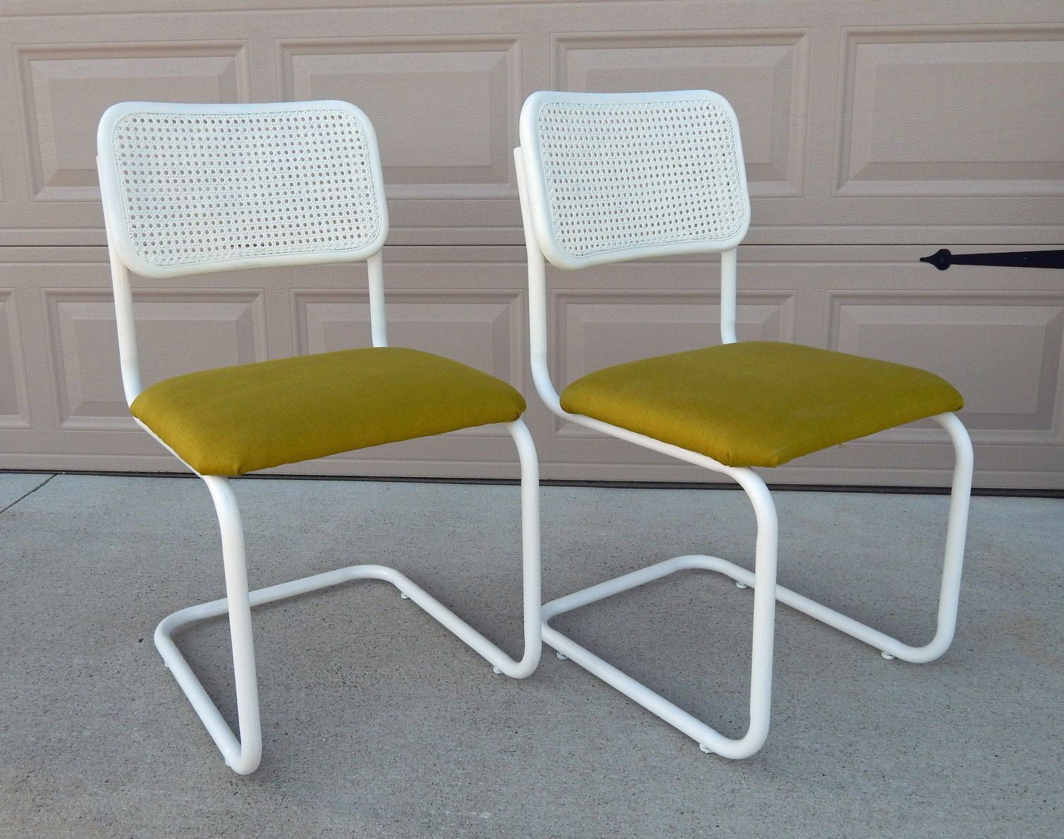 Breuer chair cane - Vintage Marcel Breuer Cesca Chair Refinished Reupholstered Apple Green Linen Upholstery White