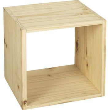 Cube Solo en pin brut pour faire des rangements dans une chambre d