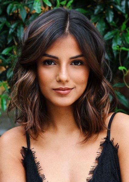44 Lovely Short Hairstyles Ideas For Women With Thick Hair