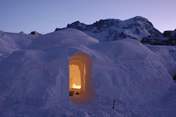 Andorra  :) Dit kan, maar we hebben ook nog andere, wellicht ahem...warmere skiwoningen voor als u écht wilt slapen.  Kijkt u snel op vakantiehuizenspanje.nl voor uw skivakantie accommodatie?