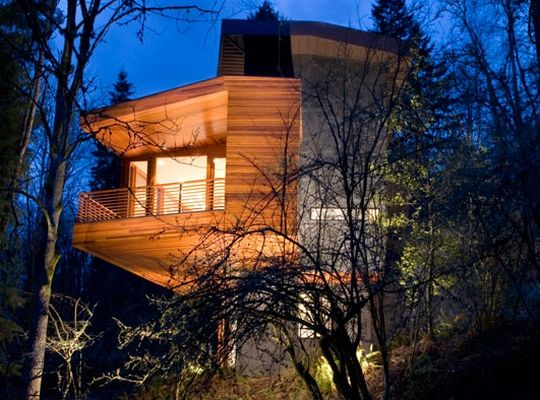 Twilight The Hoke House Located In Portland Or Twilight House Architecture Beautiful Homes