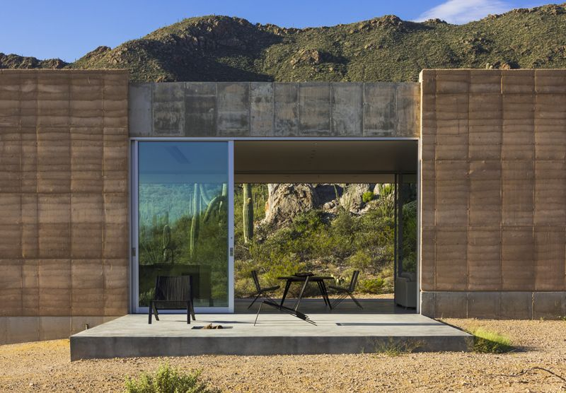 Gallery Of Tucson Mountain Retreat Dust 4 Rammed Earth Homes Architecture Earth Homes