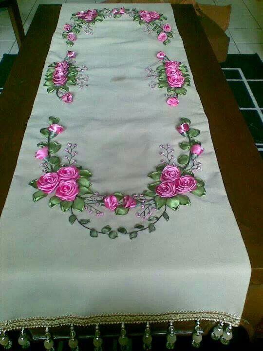 Table cloth caminos de mesa colchas fundas toallas - Manteles de mesa bordados ...