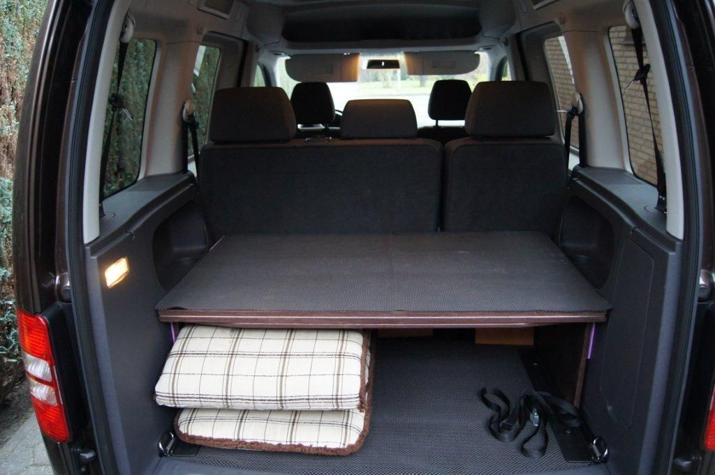selbstbau bett f r vw caddy auto van. Black Bedroom Furniture Sets. Home Design Ideas
