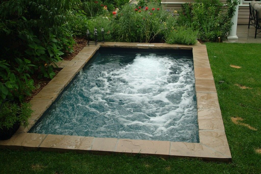 great plunge pool | Back Yard Oasis | Pinterest | Small ...