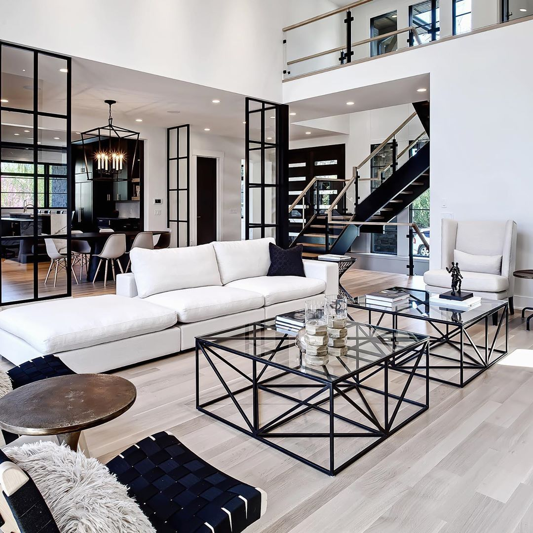 Melissa Manzardo Hryszko On Instagram High Contrast Graphic Elements Loved This Home H Luxury Living Room Farm House Living Room Modern Houses Interior
