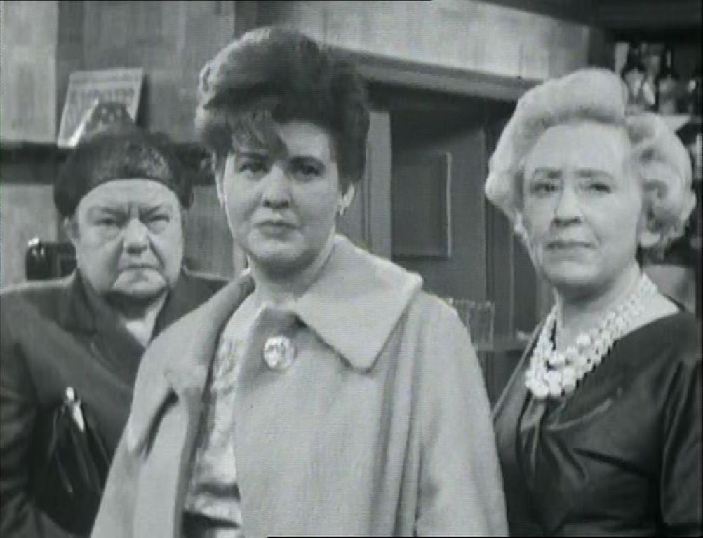 Iconic shot featuring the three original stalwarts of Corrie