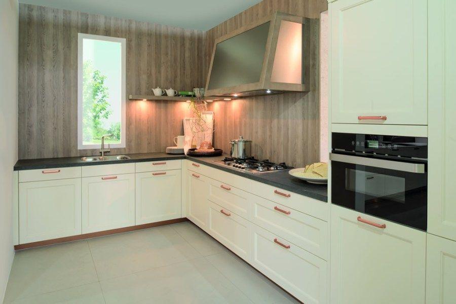 klassische Küchen von Küchen Hansen aus SchleswigHolstein