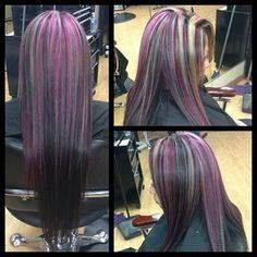 Black Base With Purple Highlights And Blonde Pieces In The Front Hair Inspiration Color Dark Purple Hair Purple Black Hair