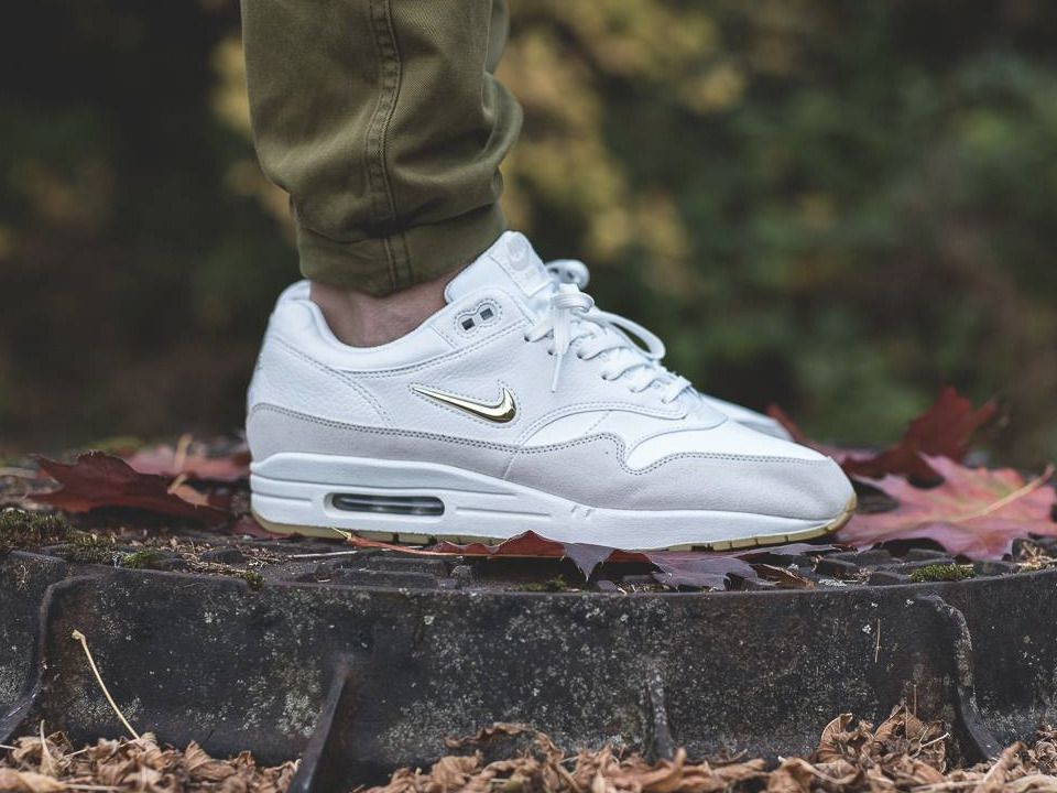 air max one jewel