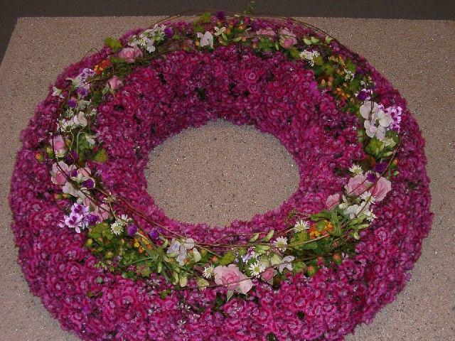 BlumenHeimerdingerde  Trauerfloristik