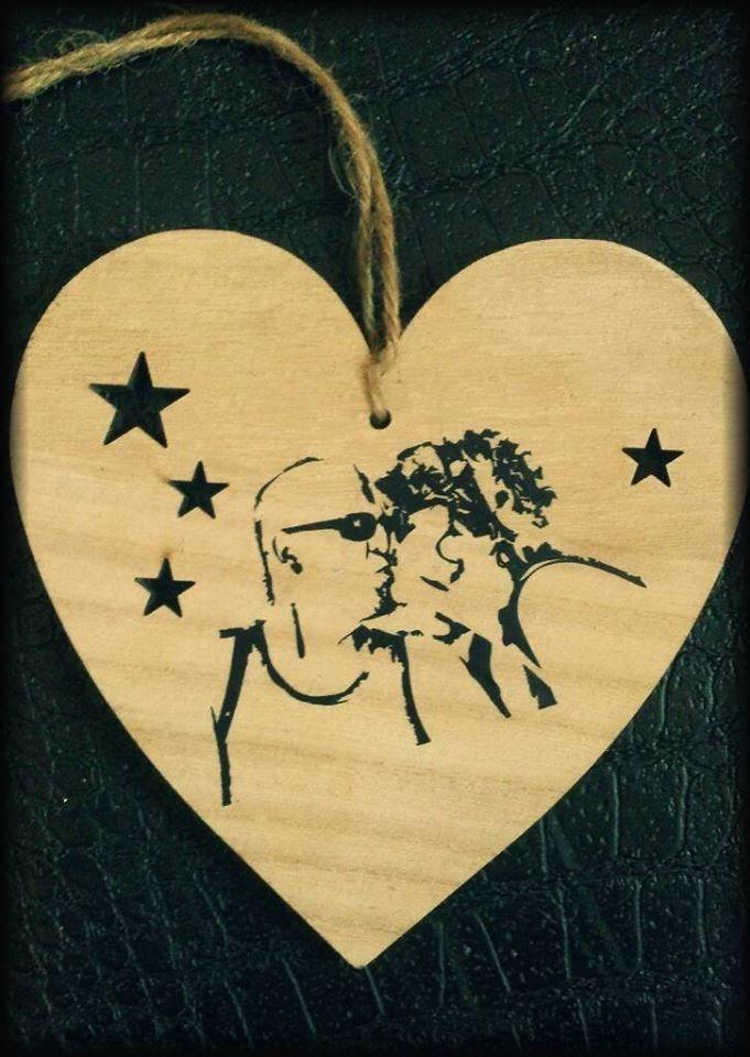 getraceerde foto op houten hartje