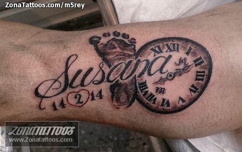 Tatuaje De Susana Letras Nombres Zonatattoos Com Tatuaje De Nombre Tatuajes Del Tiempo Tatuajes De Nombres