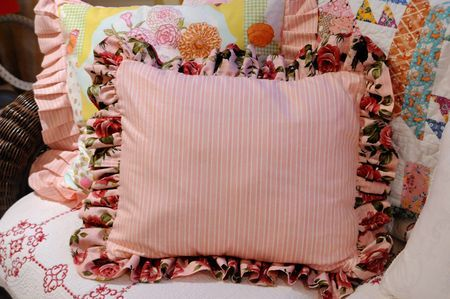 How To Make A Ruffled Pillow Sewing Ruffle Pillow Diy