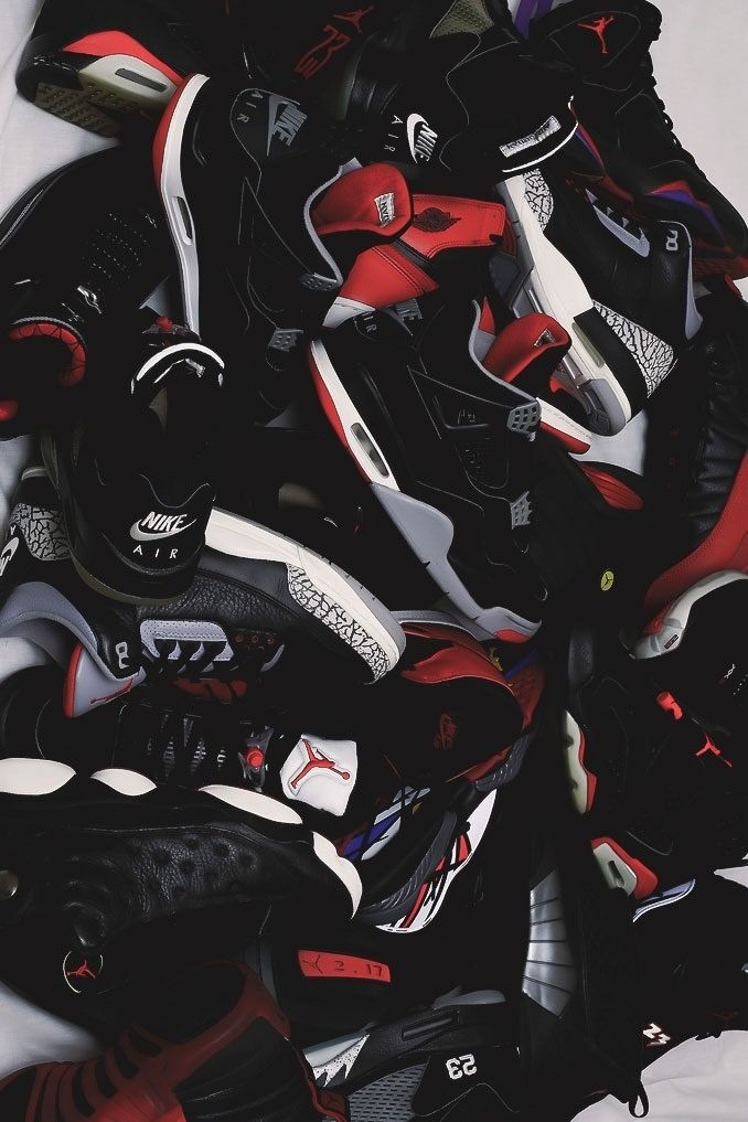 Solehype Sneaker Photography On A Higher Level Todayshype Jordan Shoes Wallpaper Sneakers Wallpaper Shoes Wallpaper
