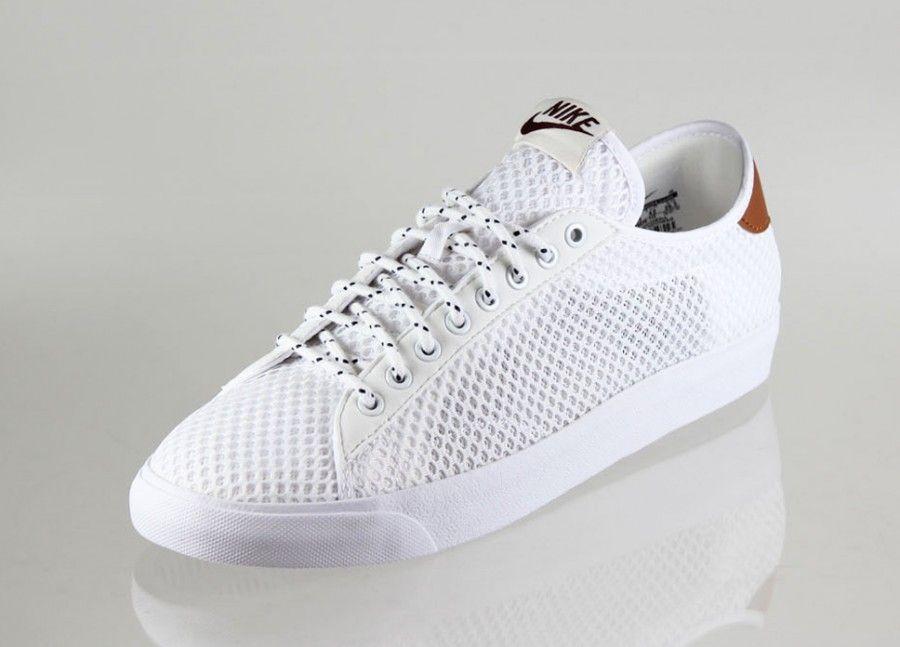 nike tennis shoes mesh