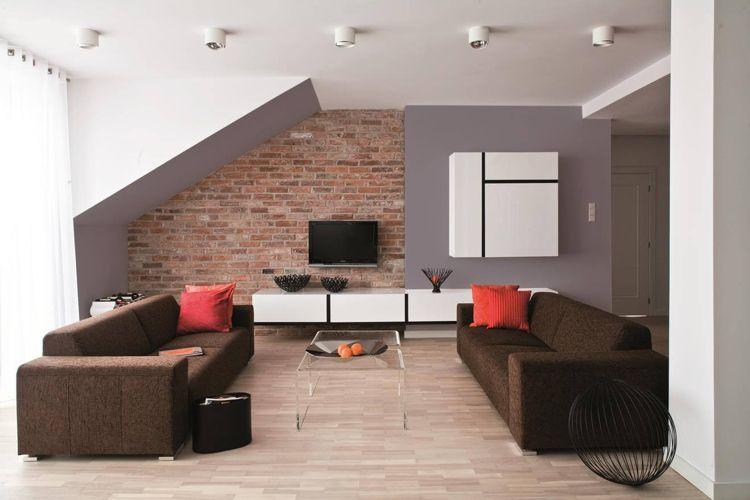 wand farbig decke weiß wohnzimmer braunes sofa ziegelwand - Wohnzimmer Braunes Sofa