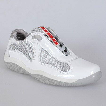 classic prada sneakspatent white  nice tennis