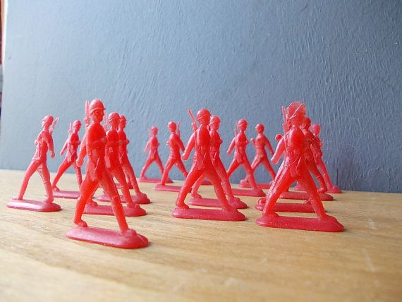 Soviet Toy Soldiers Russian Plastic Toys Red Made In Ussr Table Game Military Toys Soldados De Juguete Etsy Juguetes