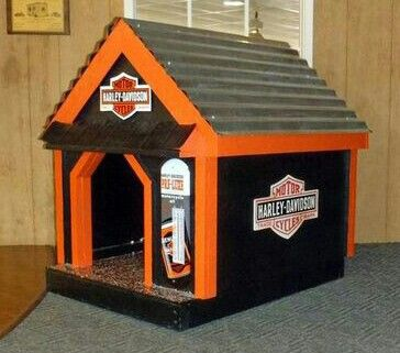 HD doghouse