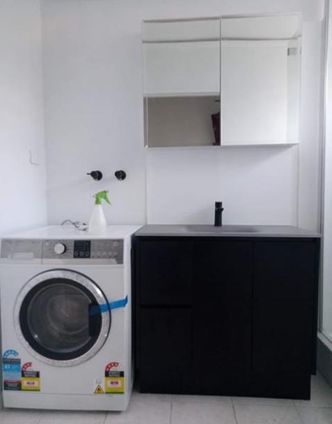 White Laundrysplashback Used In This Melbourne Clients Home Our Acrylicsplashbacks Are Available In Any Colour Cu With Images Acrylic Splashbacks Splashback Laundry