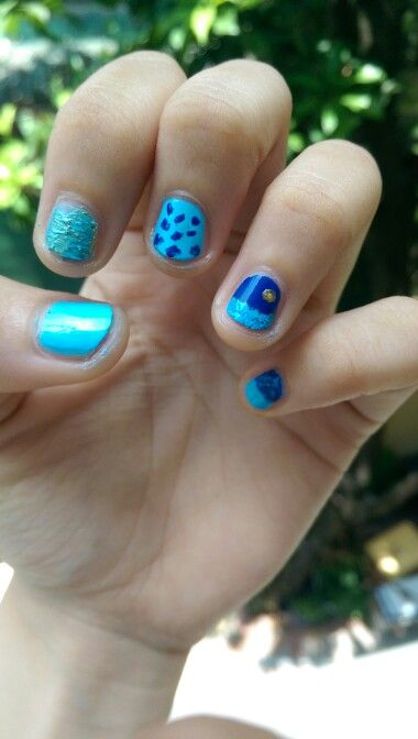 Ocean inspired nail #nail I just wanted to create an ocean vibe, excuse for my clumsy first attempt