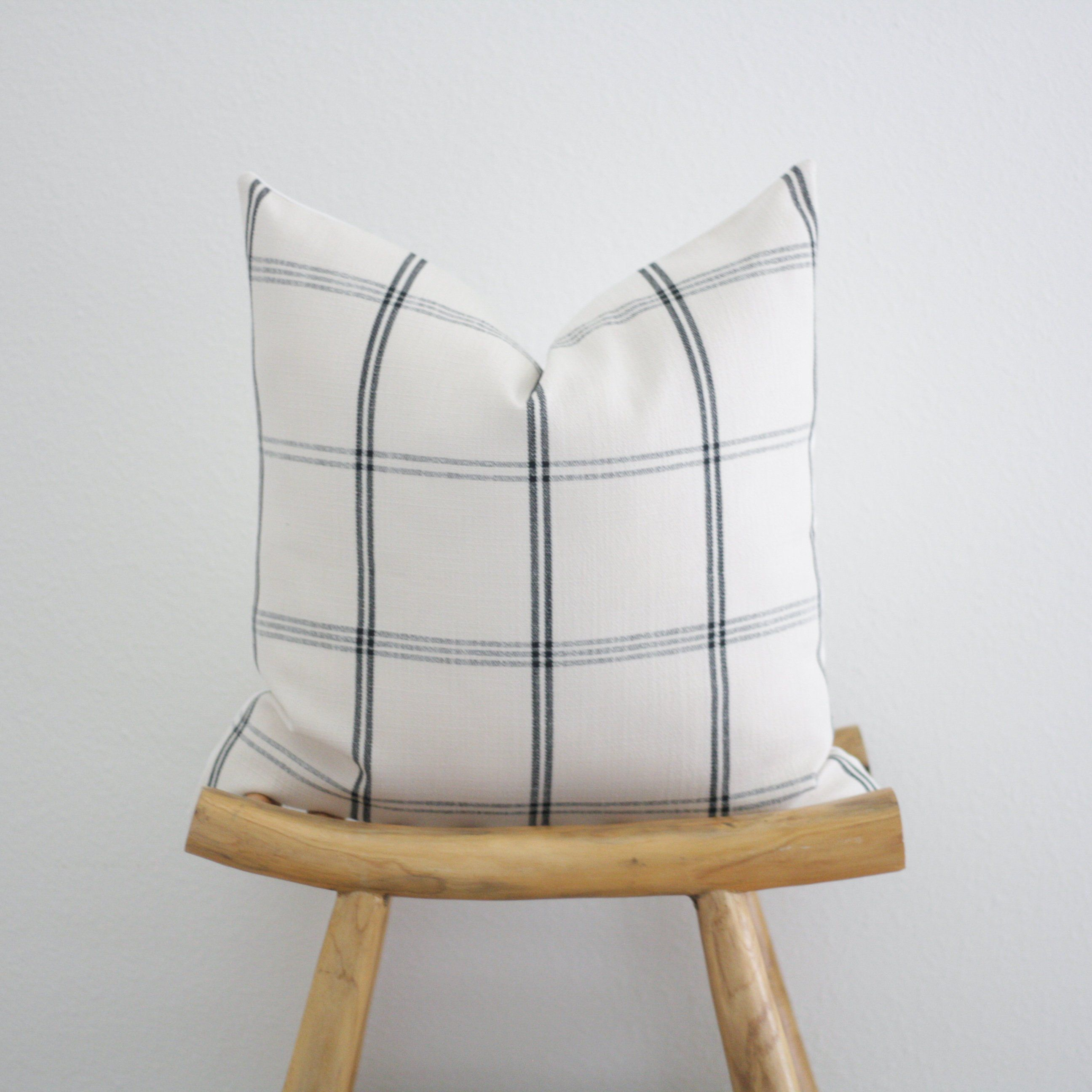 Black And Off White Plaid Pillow Cover 20x20 Modern Farmhouse Etsy Farmhouse Throw Pillow Plaid Pillow Covers Pillow Decorative Bedroom