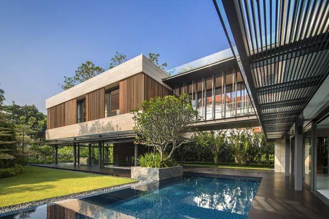 Luxury villa in Singapore by Wallflower Architecture Luxury