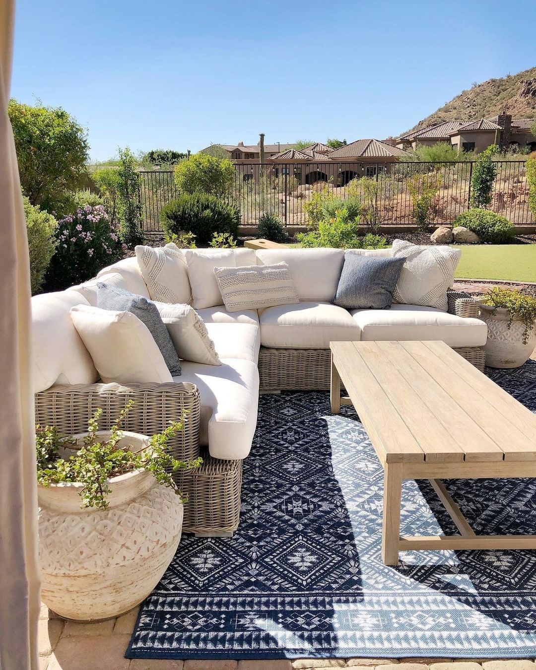 Summer ready ☀️@desertdecor's balcony is absolute goals! Click the image to try our free home design app.  (Keywords: patio decor, patio ideas, backyard patio, dream home, home decor ideas, outdoor fireplace, outdoor patio ideas, DIY home decor, backyard patio decor, backyard garden, patio decorating ideas)