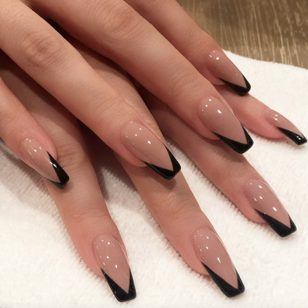 Kylie Jenner Just Posted Some Short Nail Art Inspo On Instagram Classic Nails Best Acrylic Nails Swag Nails