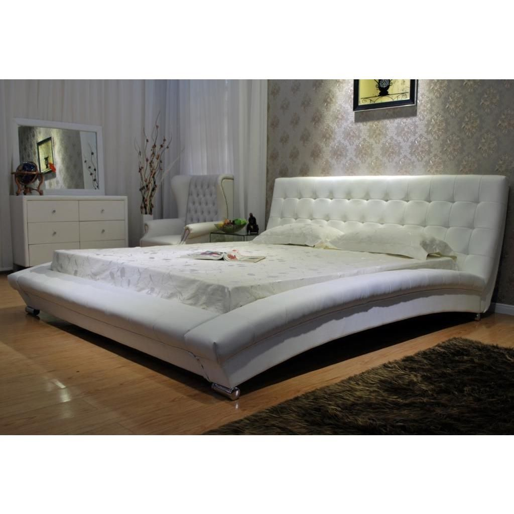 Greatime Queen size Faux Leather Upholstered Bed White