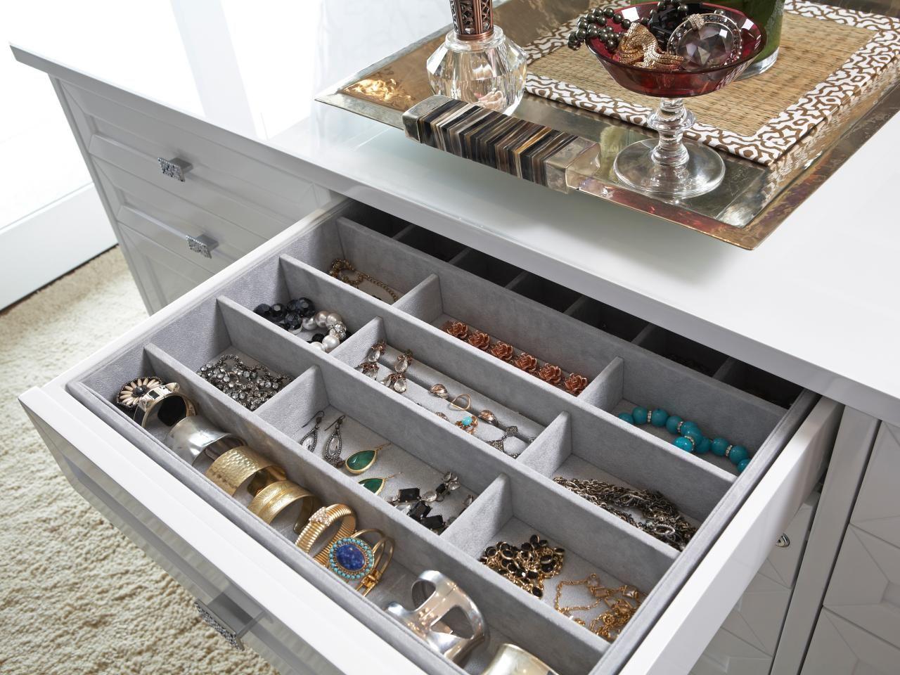 Ideas para tener las prendas acomodades dentro de una gaveta