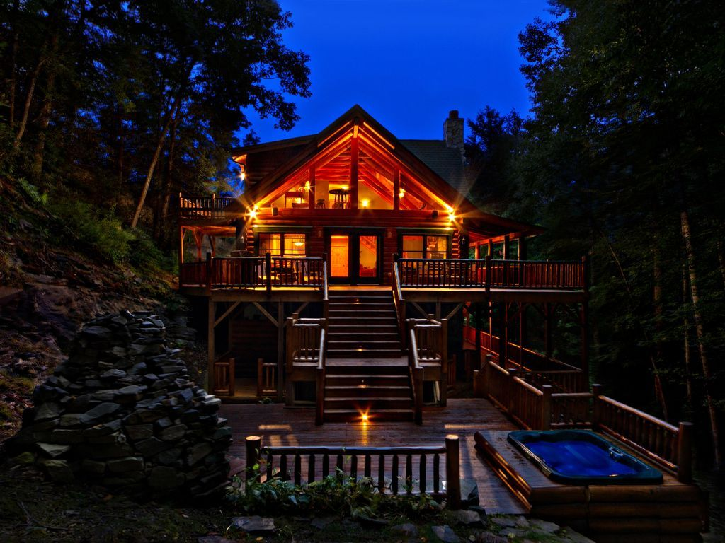 Luxury Log Home W Gorgeous Waterfall Views Hot Tub Ski Wifi Min To Downtown Maggie Valley Log Homes Cabin Vacation Maggie Valley
