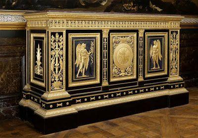 Arts décoratifs Premier Empire - François-Honoré-Georges Jacob-Desmalter (1770-1841) : Meuble en bas d'armoire du Grand Cabinet de l'Empereur Napoléon Ier au Palais des Tuileries (1812 – Versailles)