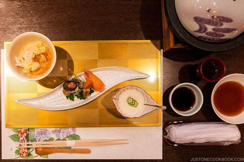Japanese Dining Etiquette 101 Part 2 Reader S Questions 食事のマナー Dining Etiquette Sushi Master Etiquette