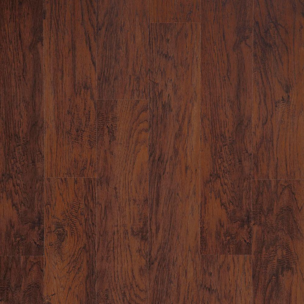 Trafficmaster Dark Brown Hickory 7 Mm T X 8 1 32 In W X 47 5 8 In L Laminate Flooring 23 91 Sq Ft Case 368161 00287 The Home Depot Brown Laminate Brown Laminate Flooring Laminate Flooring
