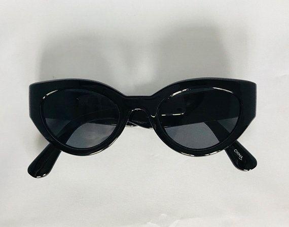 0b3590471ae Thick Chunky Vintage Cateye Sunglasses