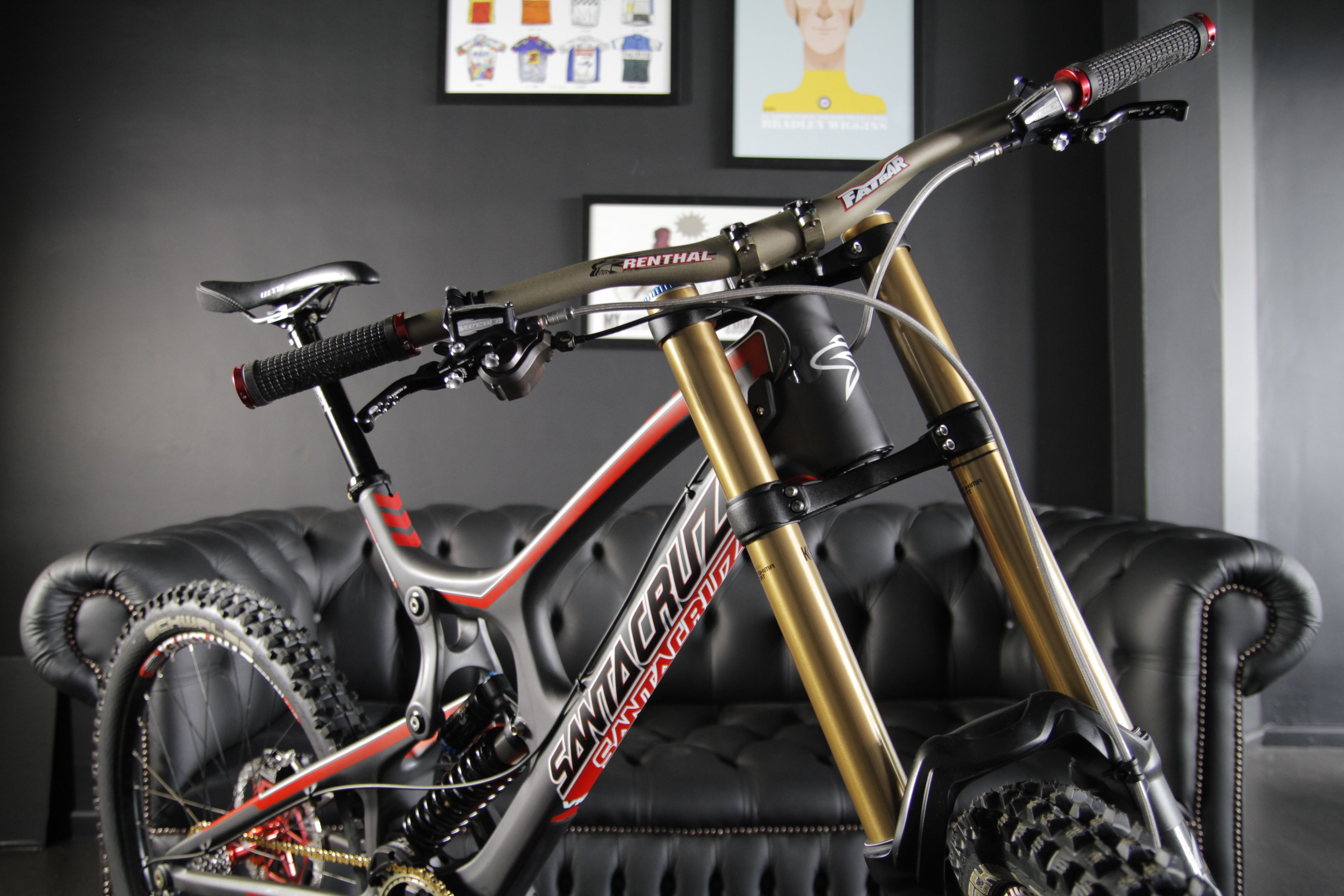 Bike of the day santa cruz v10 carbon dh builds from 7499 http bike of the day santa cruz v10 carbon dh builds from 7499 thecheapjerseys Image collections