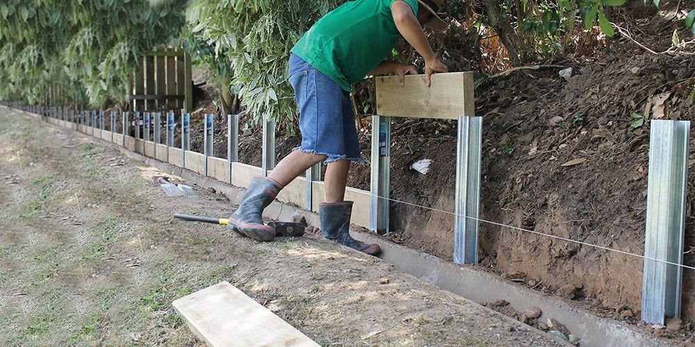 Surewall Slide Together Retaining Wall System Cirtex Residential Diy Retaining Wall Garden Retaining Wall Landscaping Retaining Walls