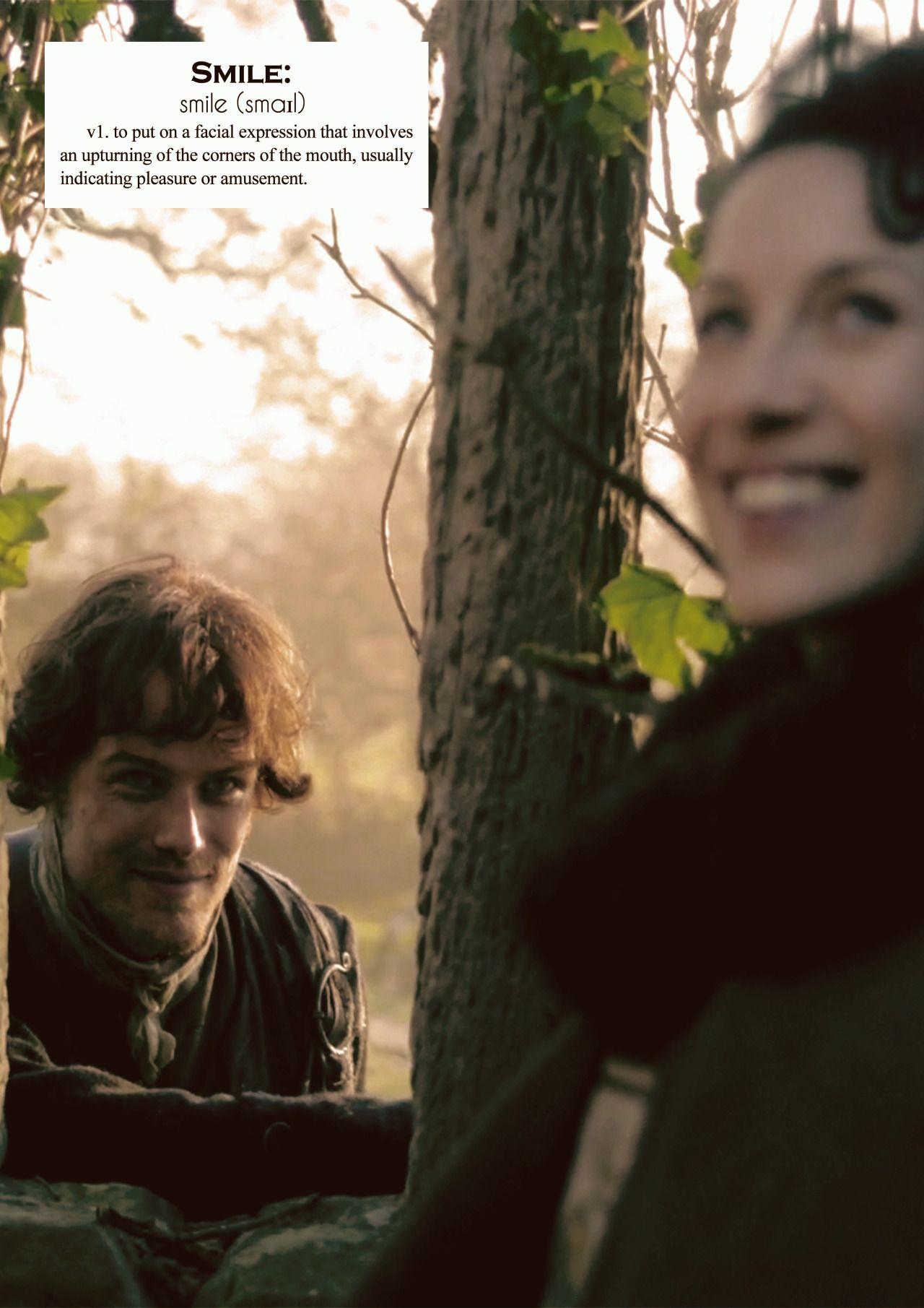 voyagersassenach: Outlander definitions.- Smile. (x)