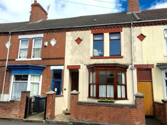 3 bedroom terraced house to rent - Park Road, Coalville, Leicestershire, LE67 Key features  Large Victorian Terrace GFCH & Double glazing Entrance hall Lounge Dining room Kitchen Bathroom with Shower over bath Three double bedrooms Beautiful landscaped gardens No Pets   #coalville #property http://bit.ly/29rwQGQ