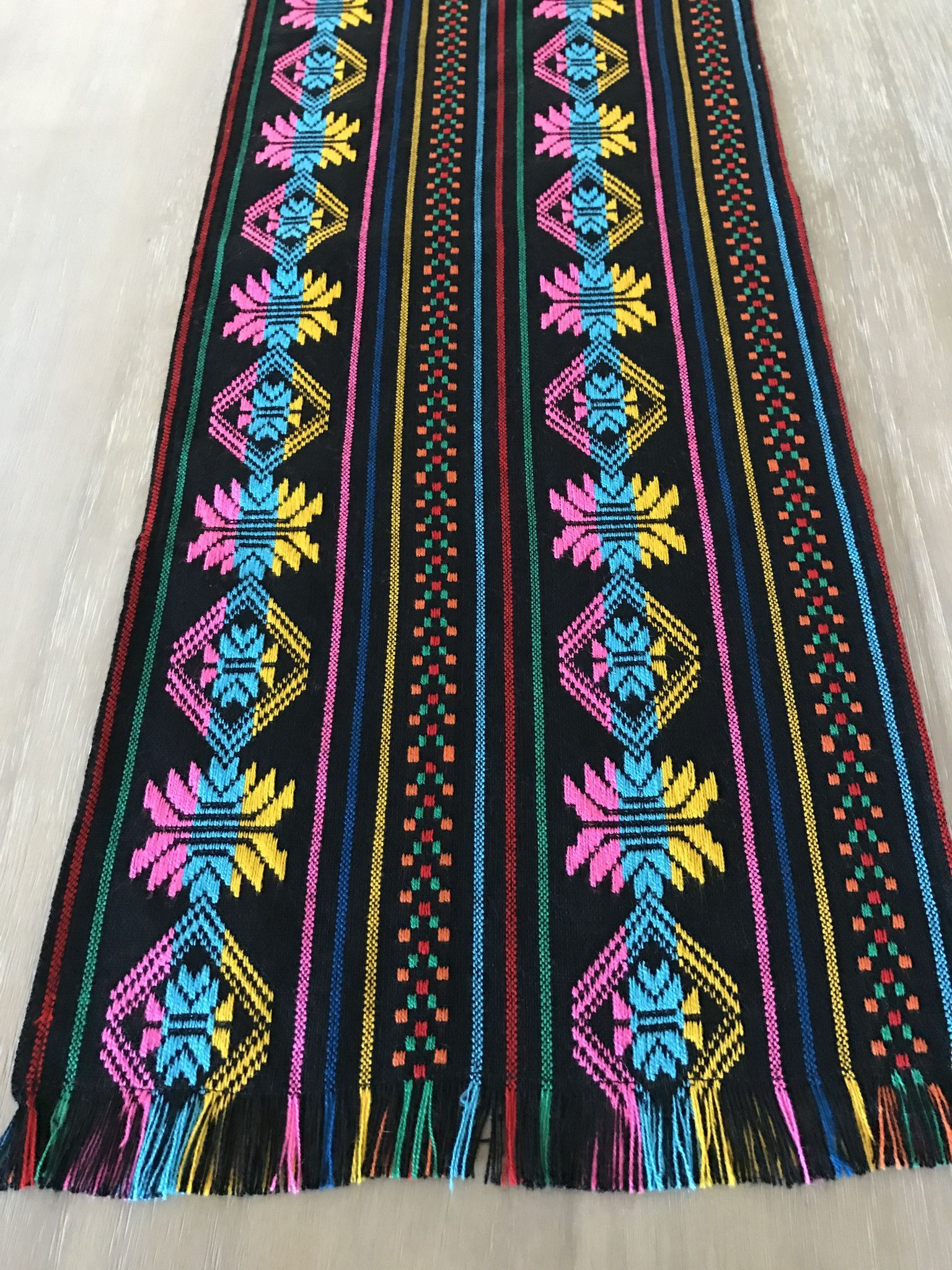 Superbe This Mexican Woven Black Table Runner Is Perfect For Your Next Fiesta!  Beach Wedding, Rustic Decor Or Boho Chic Table. Your Guests Will Love The  Bold Colors ...