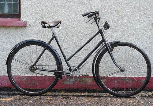 Lovely Bicycle Better Than New Bicycle Vintage Bicycles Custom Bicycle
