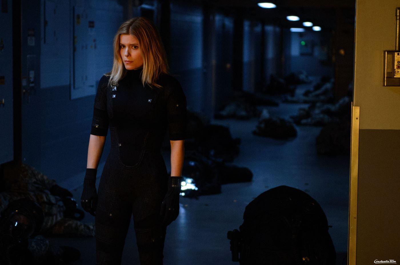 © 2015 Constantin Film Verleih GmbH  Nachdem sie einer gefährlichen Strahlung ausgesetzt war, kann sich Sue Storm (Kate Mara) unsichtbar machen.
